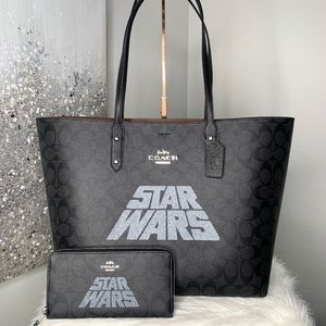 Coach x Star Wars Signature L Town Tote Wallet Set